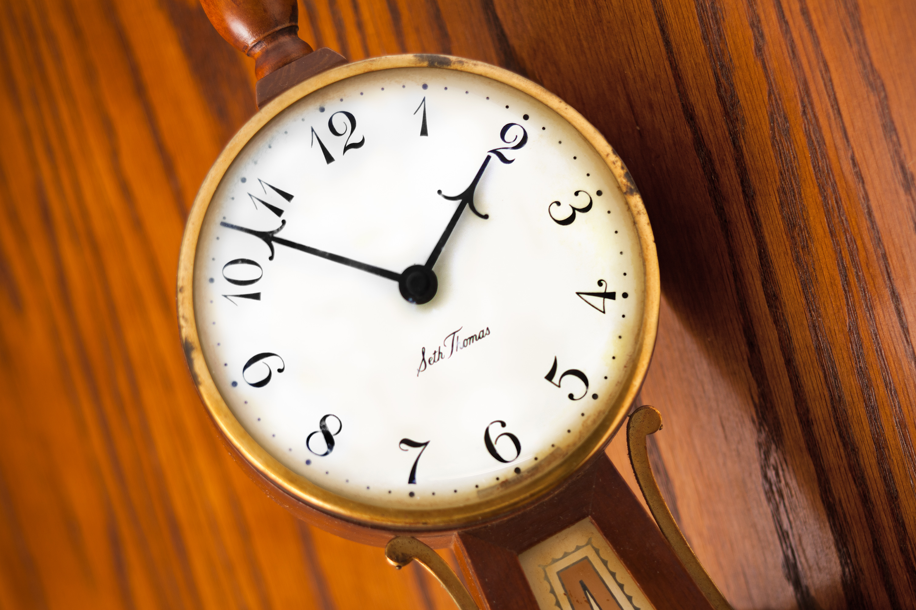 How to Find the Manufacturer of a Grandfather Clock | Our