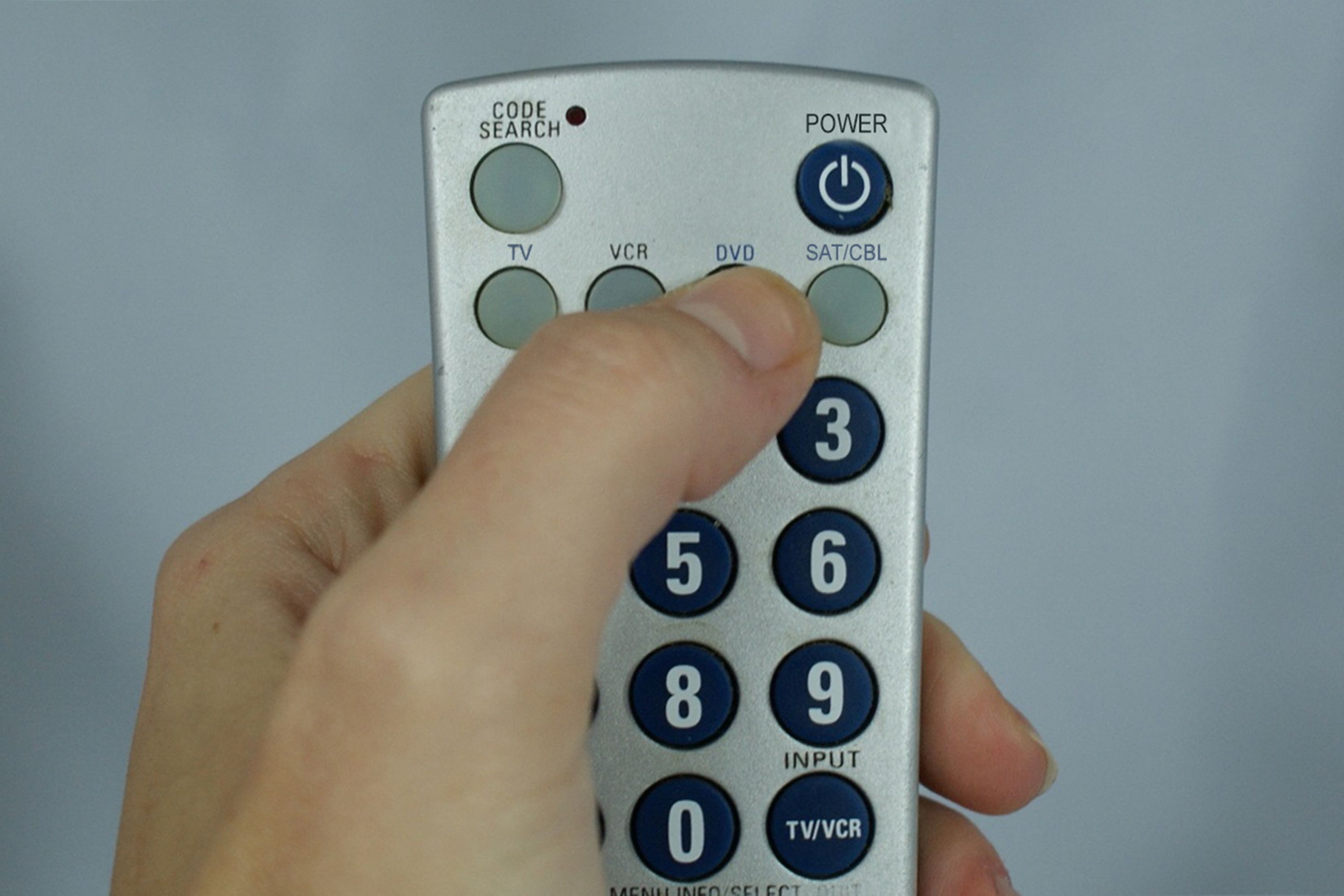 How to Set a Phillips Universal Remote | It Still Works