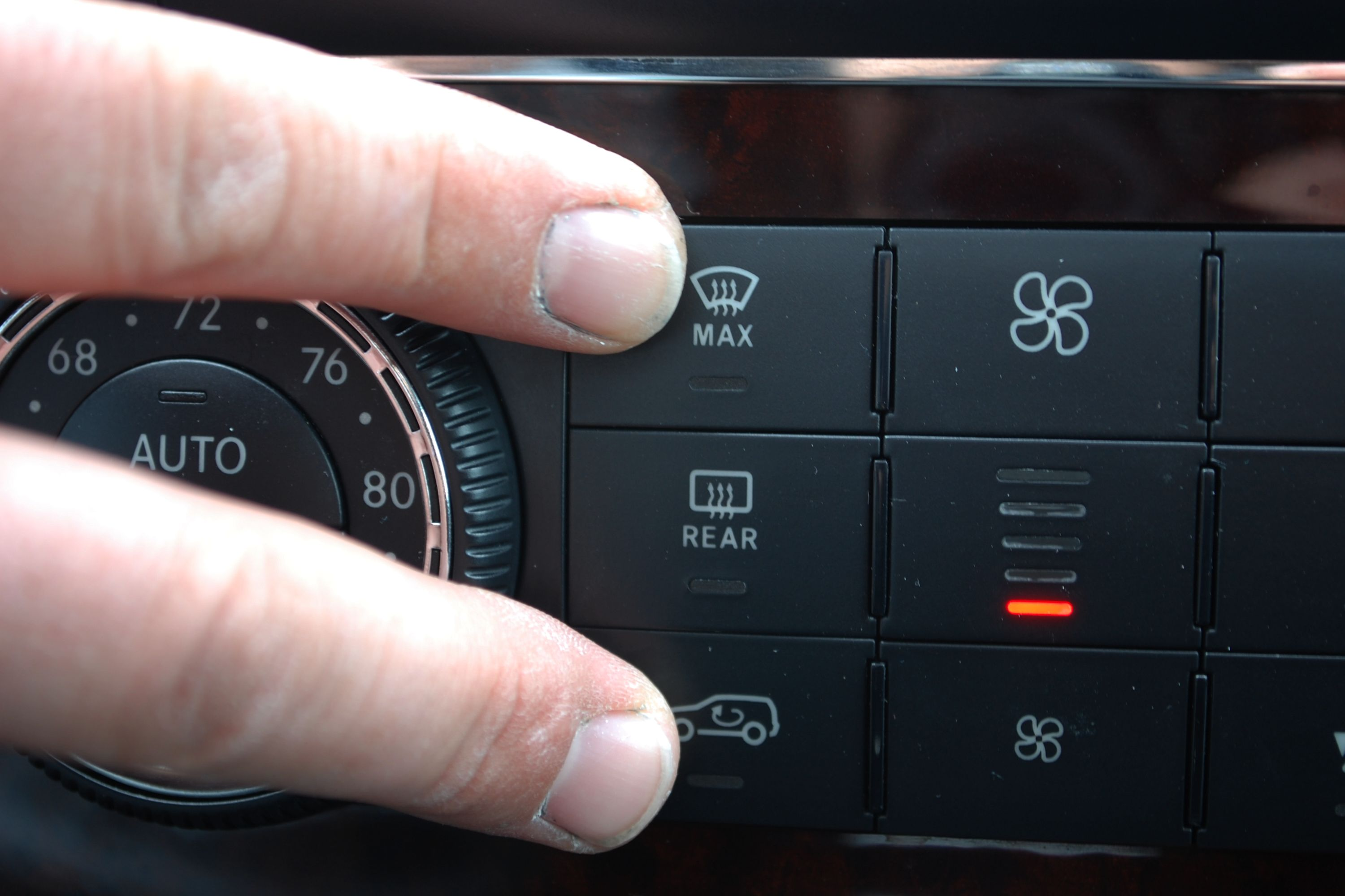 How to Reset a Mercedes AC System | It Still Runs