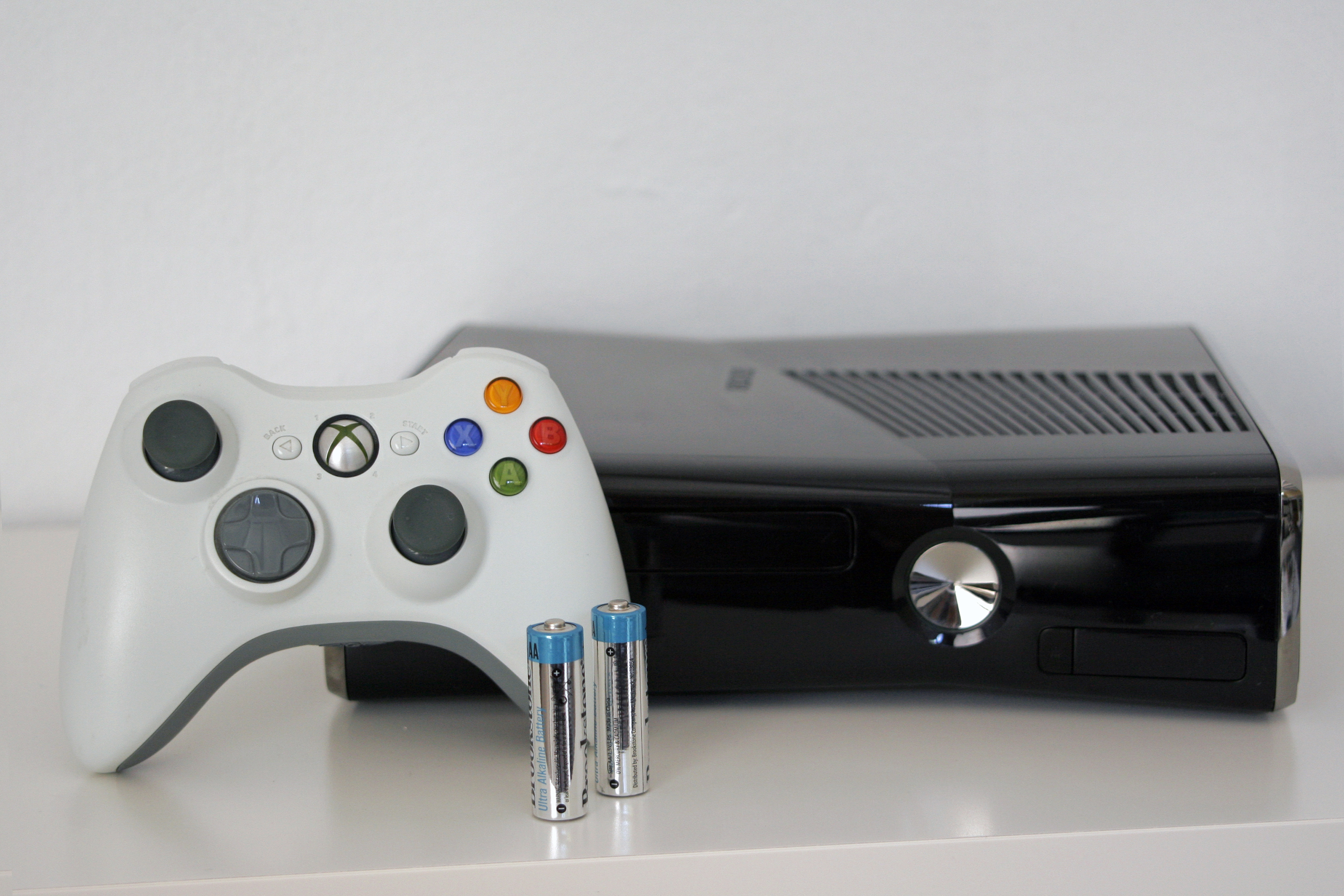 What Is the Difference Between Xbox and PlayStation? | It