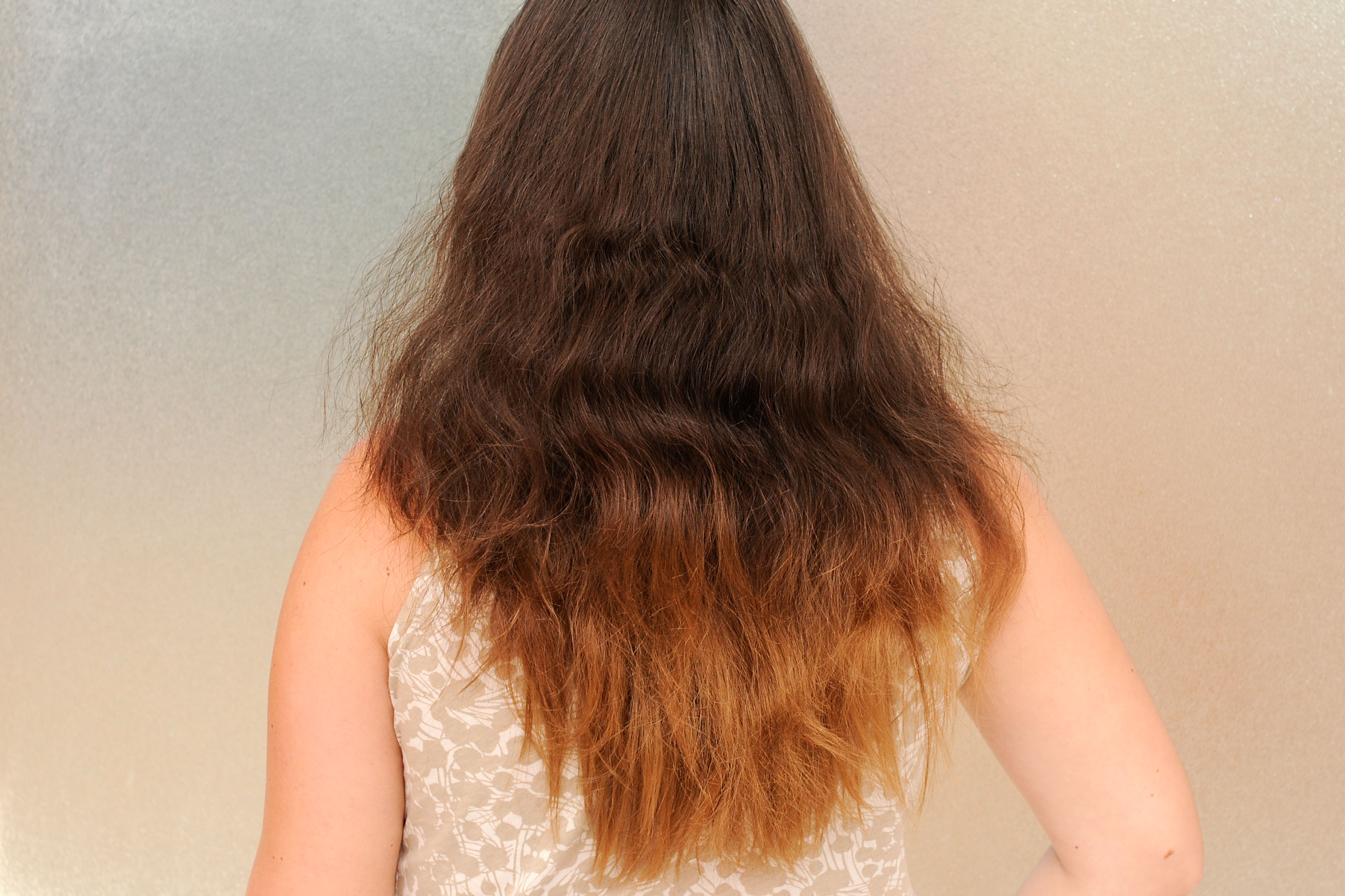 Puffy Avoid and frizzy summer hair pictures photos