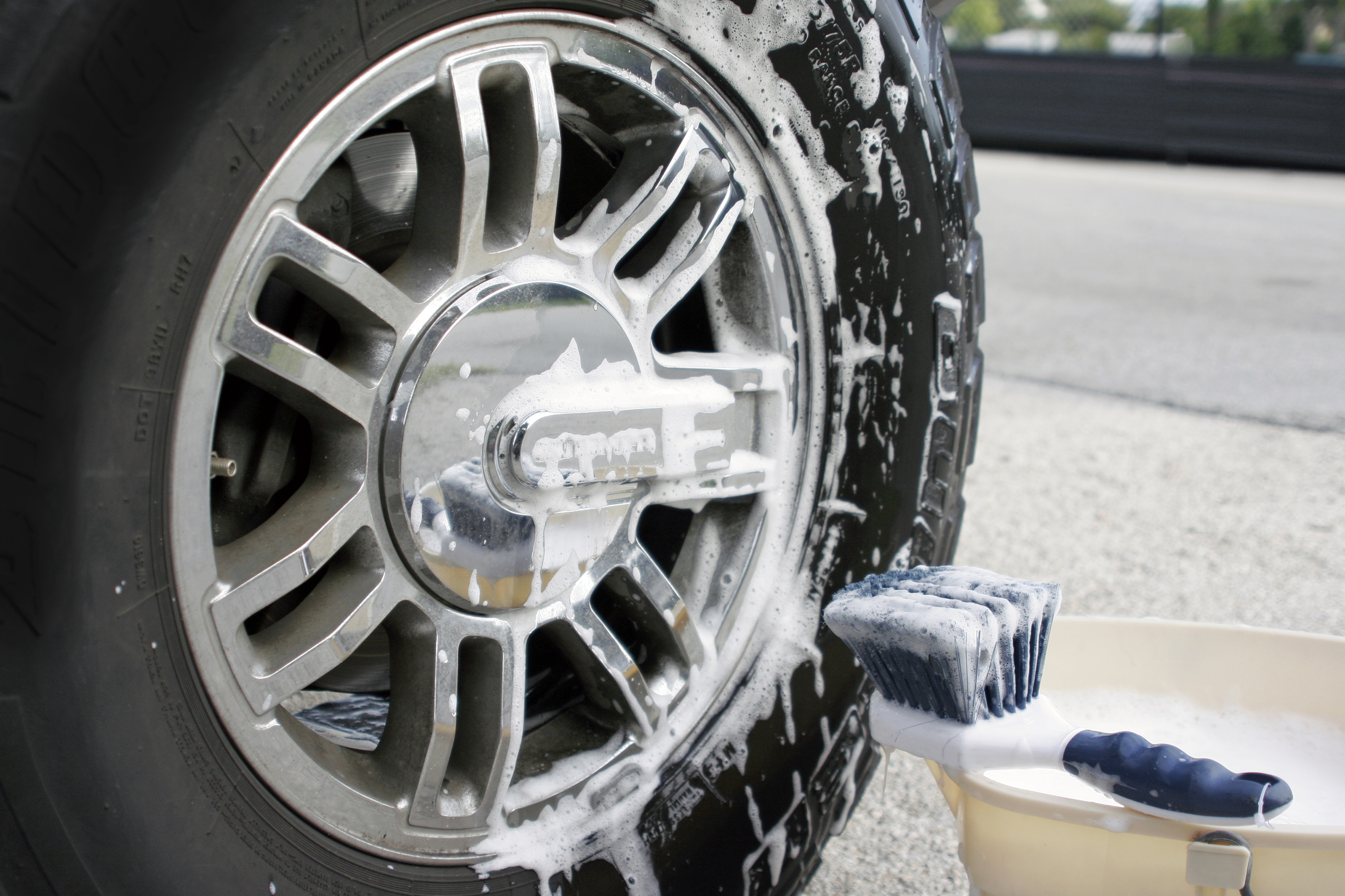 Most rims that have just a little bit of rust on them need nothing more than a scrub brush and hot water with degreasing soap to get them clean