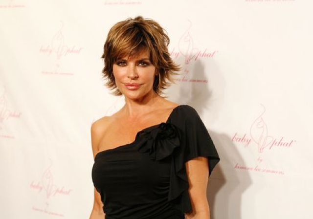 How To Get Lisa Rinna S Hairstyle