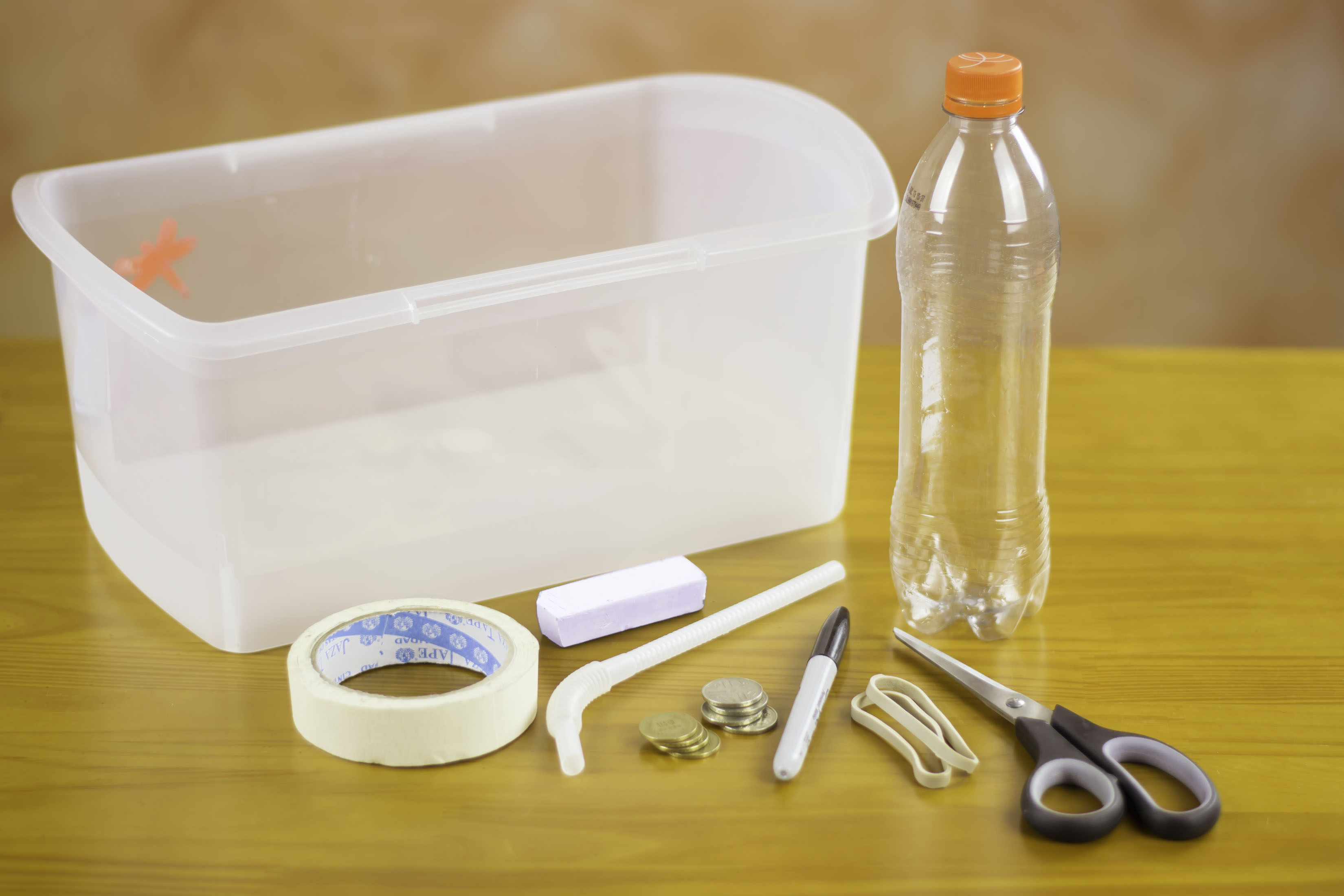how to make a submarine with a plastic bottle