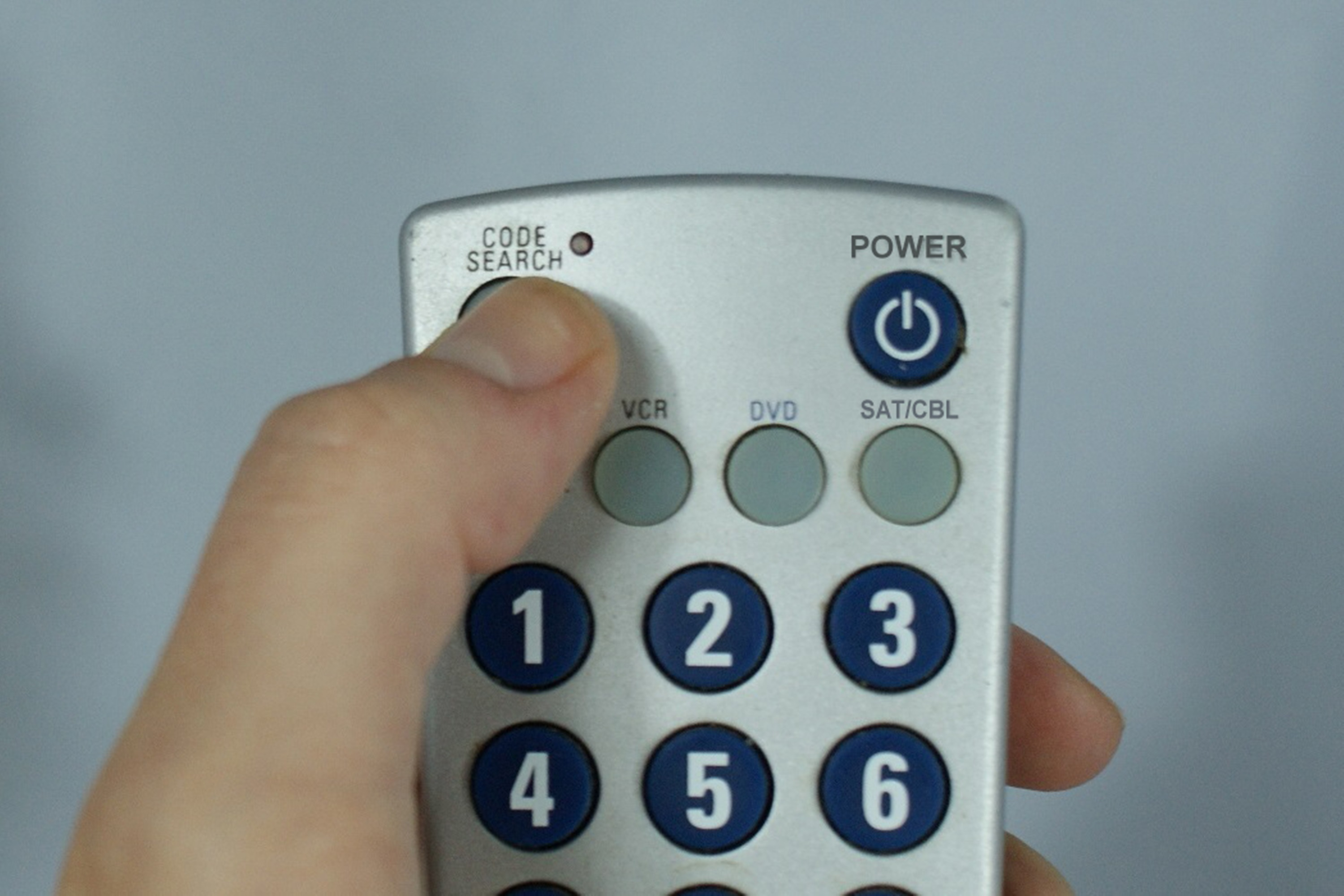 How do I Program a 3 in 1 Radioshack Universal Remote? | It Still Works