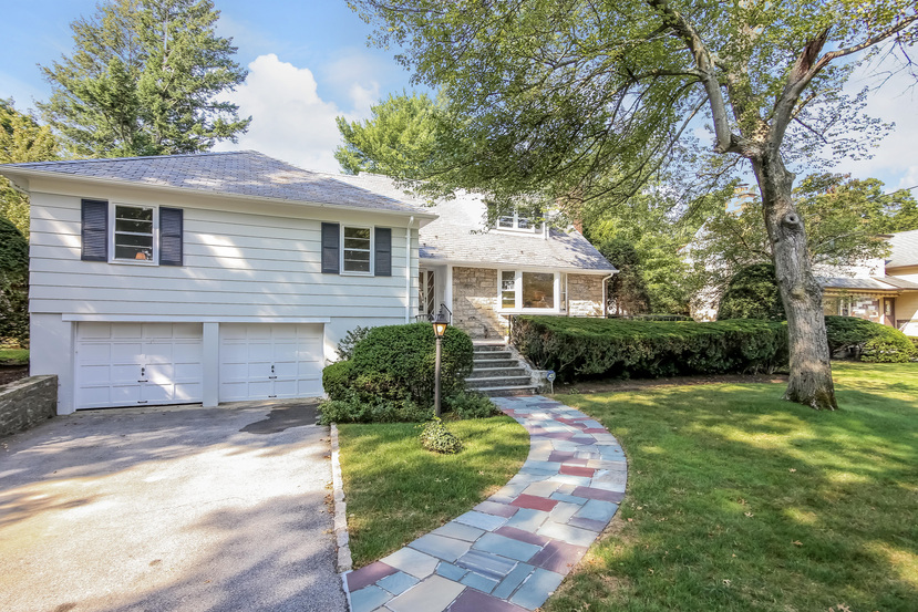 10 anpell dr scarsdale ny 10583 for 10 dobbs terrace scarsdale