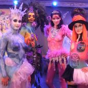 Body painting show nr.2