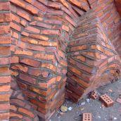 3-GaucheB-Artistic Brick Wall