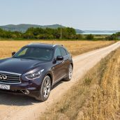 Infiniti FX at Lake Balaton, Hungary