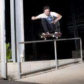 Gavin Clark rail ollie