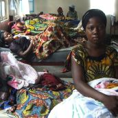 Mother and baby.  Medecins Sans Frontieres maternity clinic.  Masisi - Democratic Republic of the Congo