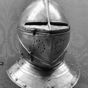 Helmet Legermuseum Delft