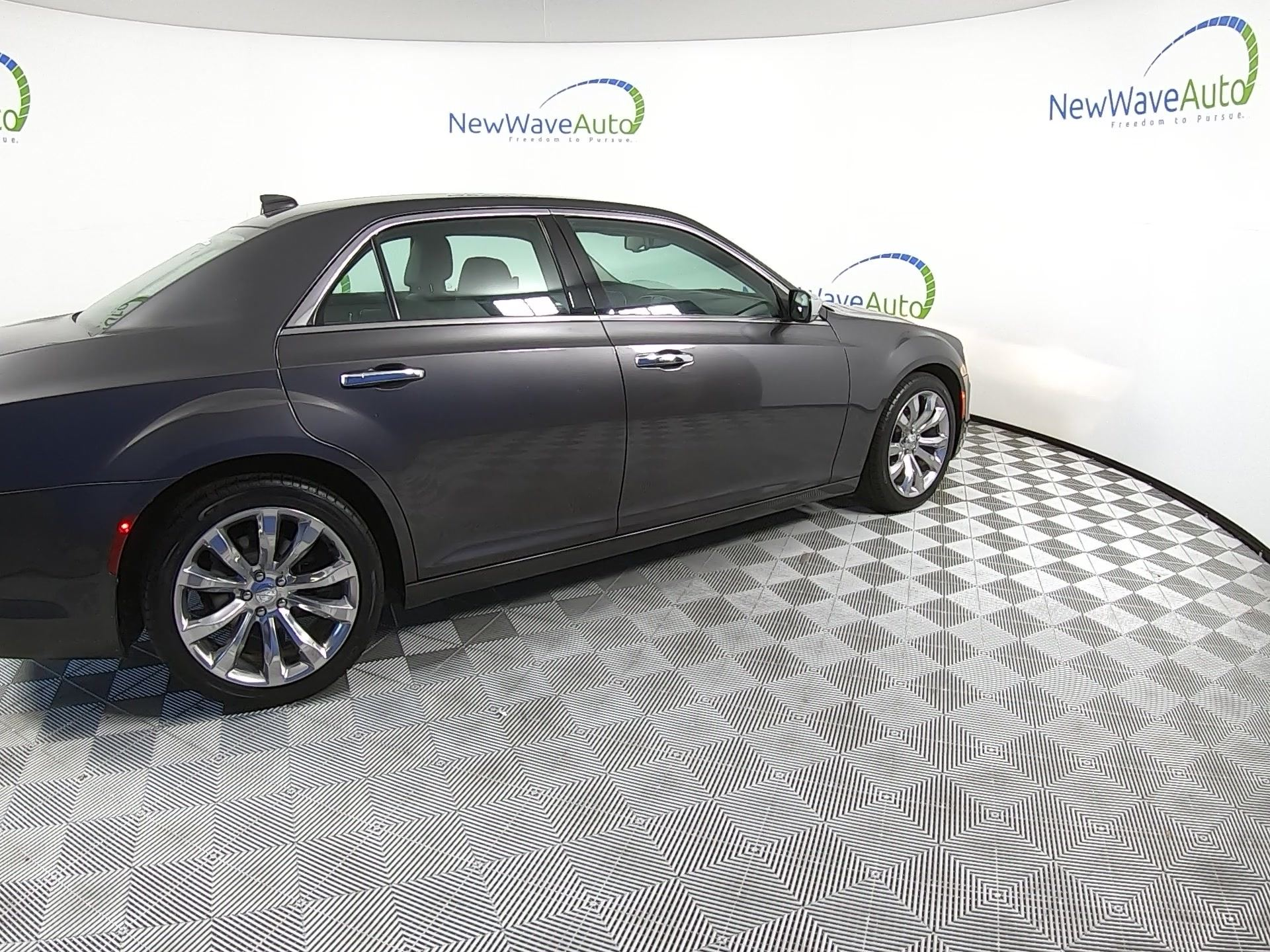 Used CHRYSLER 300 2018 WEST PALM LIMITED