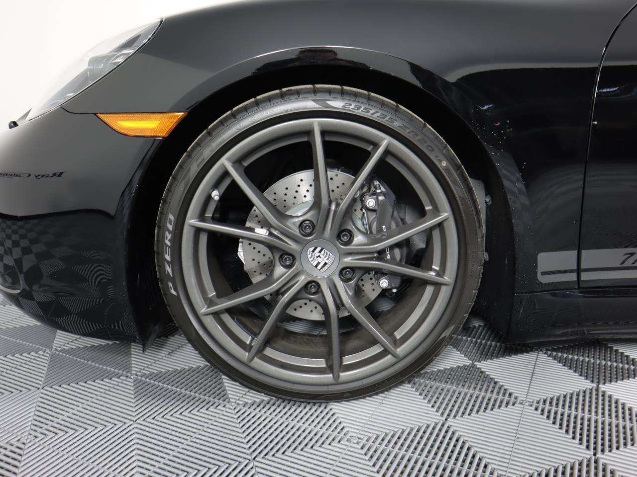 New 2021 Porsche 718 Cayman T