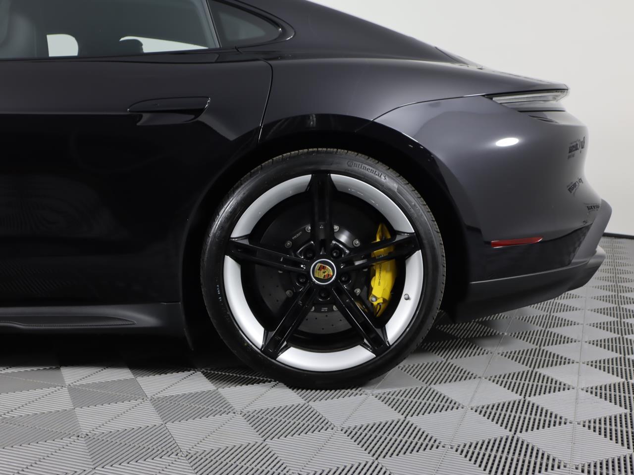 New 2021 Porsche Taycan Turbo S