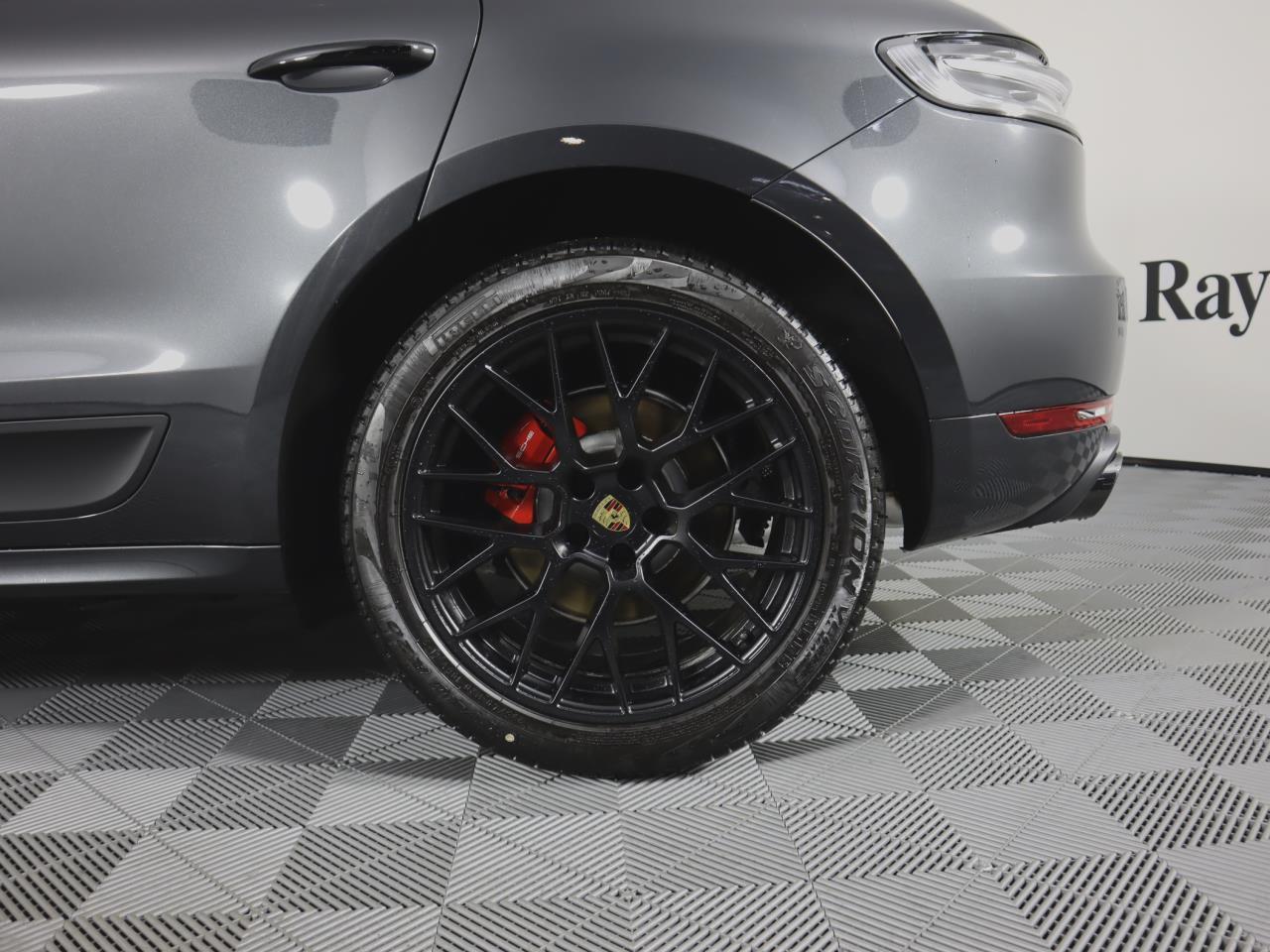 New 2021 Porsche Macan GTS