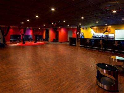 Riviera Show Club
