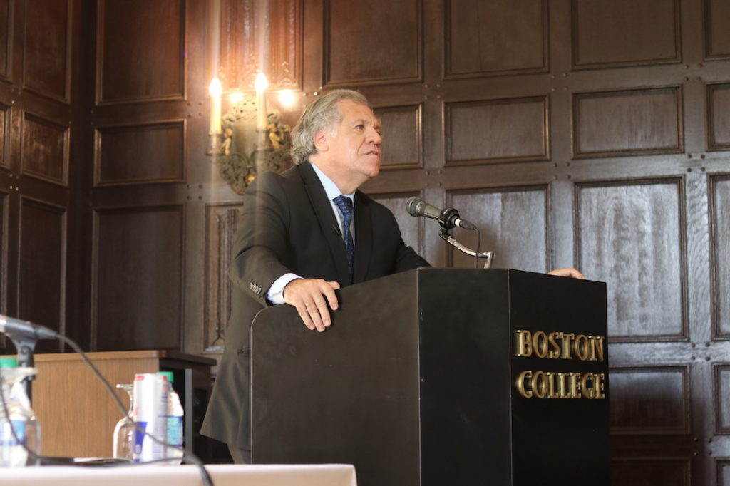 Almagro Lectures on Democracy in the Americas