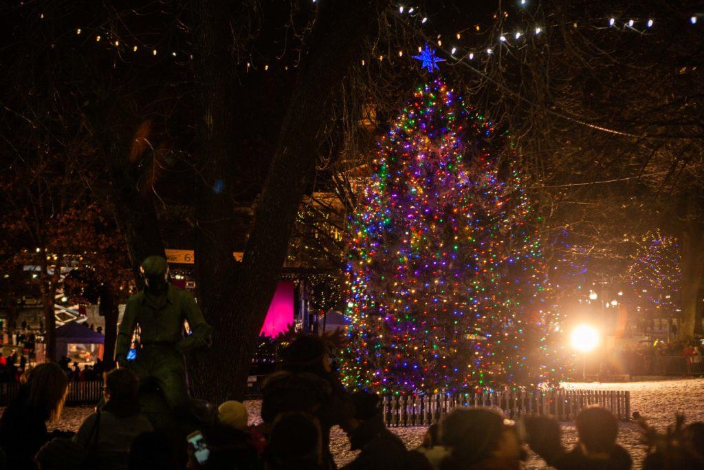 Dolly Parton Headlines, Kicks Off Holiday Season With Annual Tree Lighting