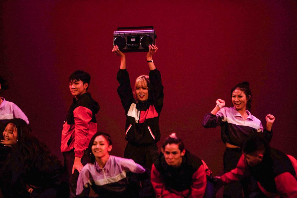 'Waves III' Dance Showcase Hypes Up Audience