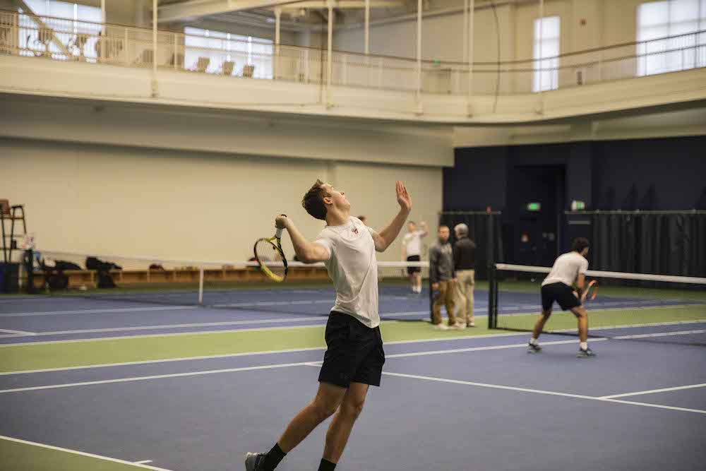 Eagles Lose Control of Singles Courts, Fall to Brown