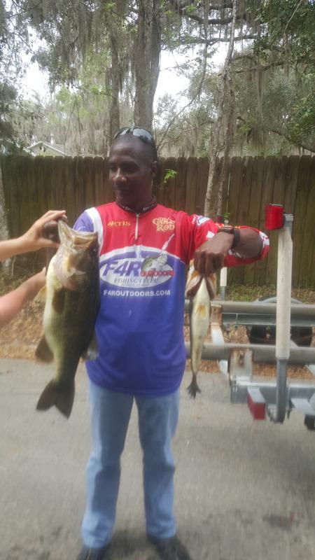 A photo of Artie Allen's catch