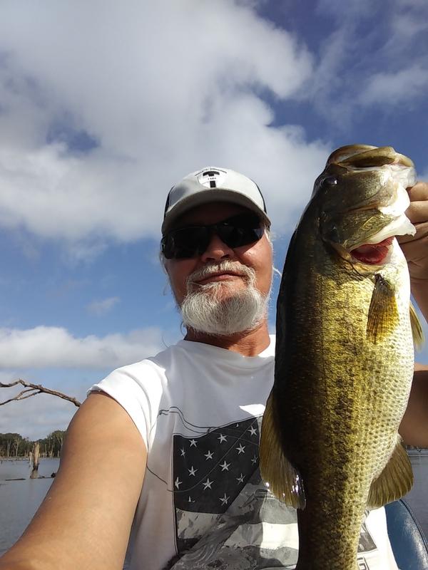 A photo of Eddie Martin 's catch