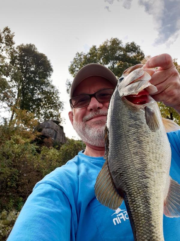 A photo of Les Scott's catch