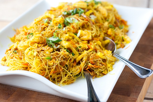 Singapore Noodles (Singapore Mei Fun)