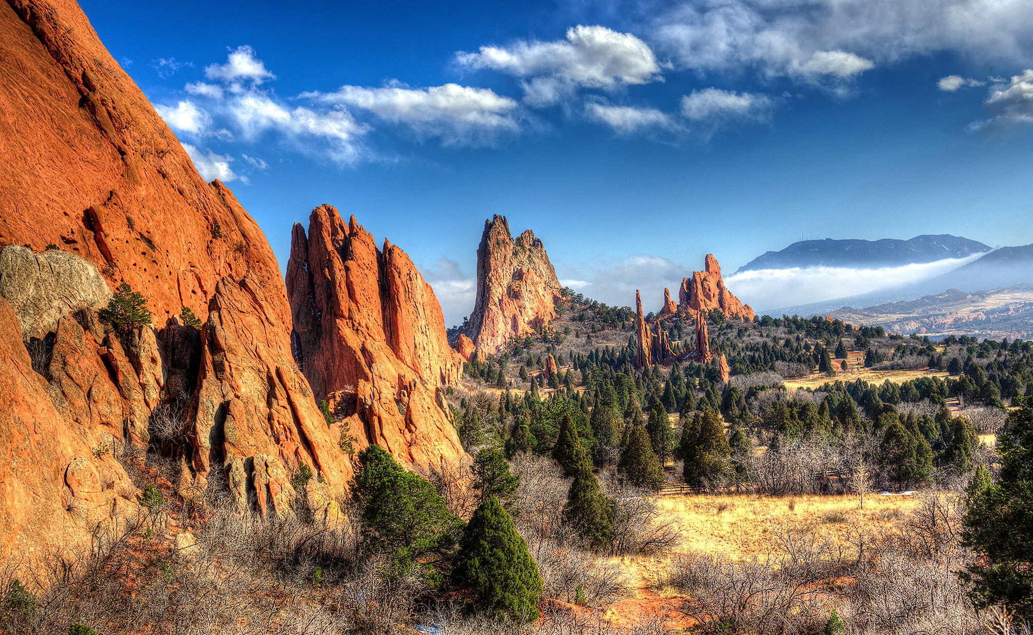 Top 12 easy hiking trails in colorado springs and pikes peak region for beginners colorado for Garden of the gods hiking trails
