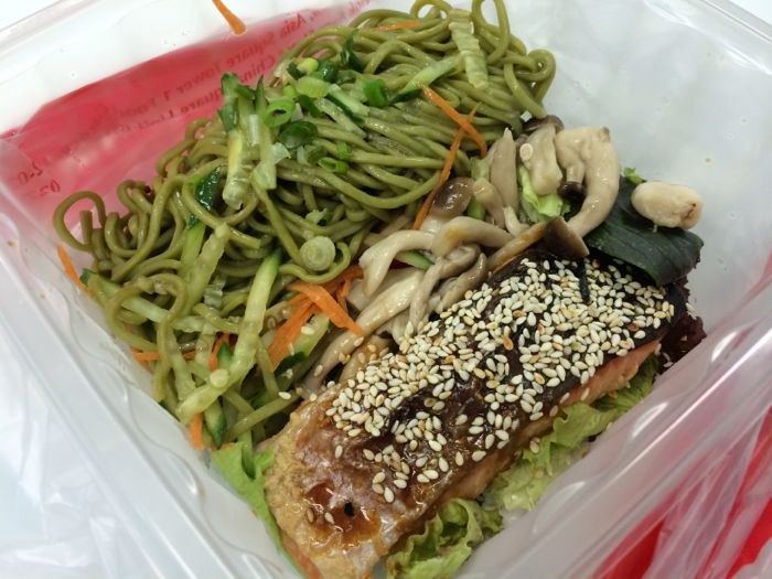 Salmon with green soba and salad