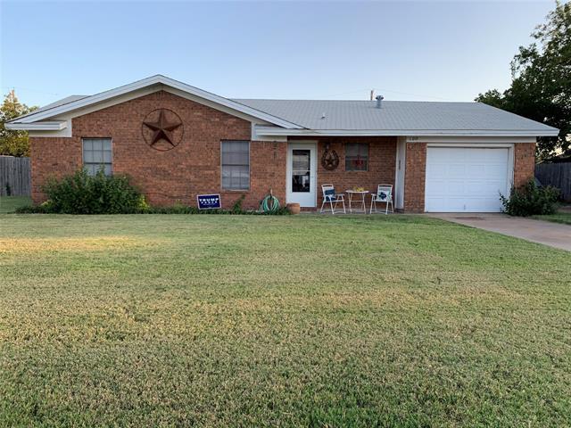 1013 5th Street, Hamlin, TX 79520