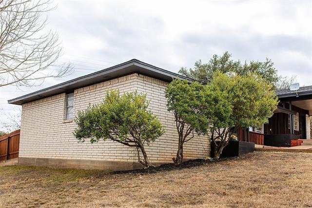 301 Shanan Street, Brady, TX 76825