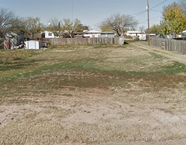 1609 Euel Street, Robert Lee, TX 76945