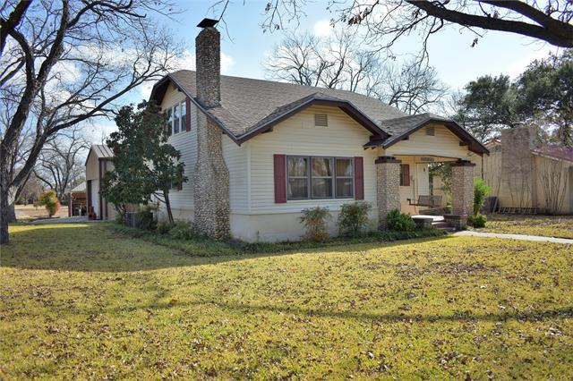 1501 S China Street, Brady, TX 76825