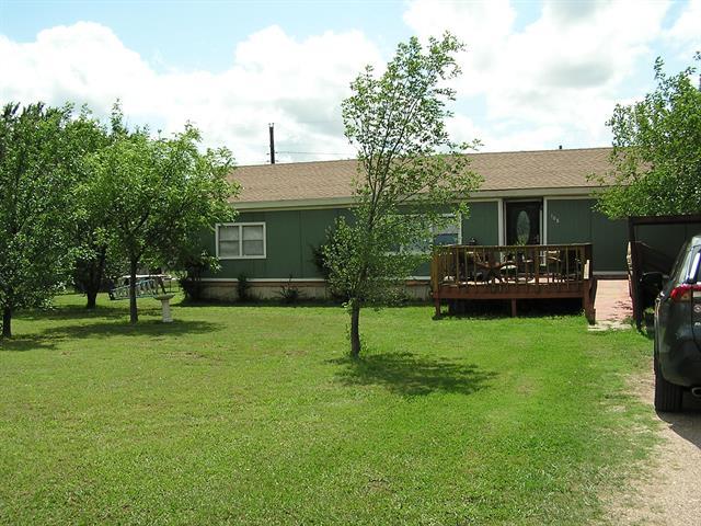 108 Crest Drive, Tye, TX 79563
