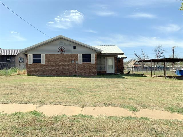 103 Carothers Avenue, Rochester, TX 79544