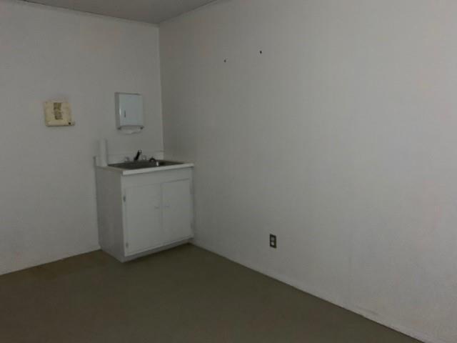 206 E Dale Street, Winters, TX 79567