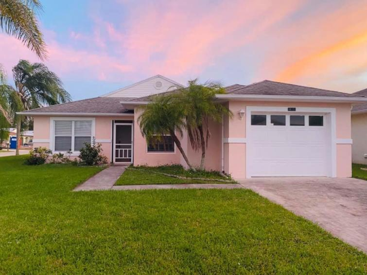 14151 Cisne Circle, Fort Pierce, FL 34951