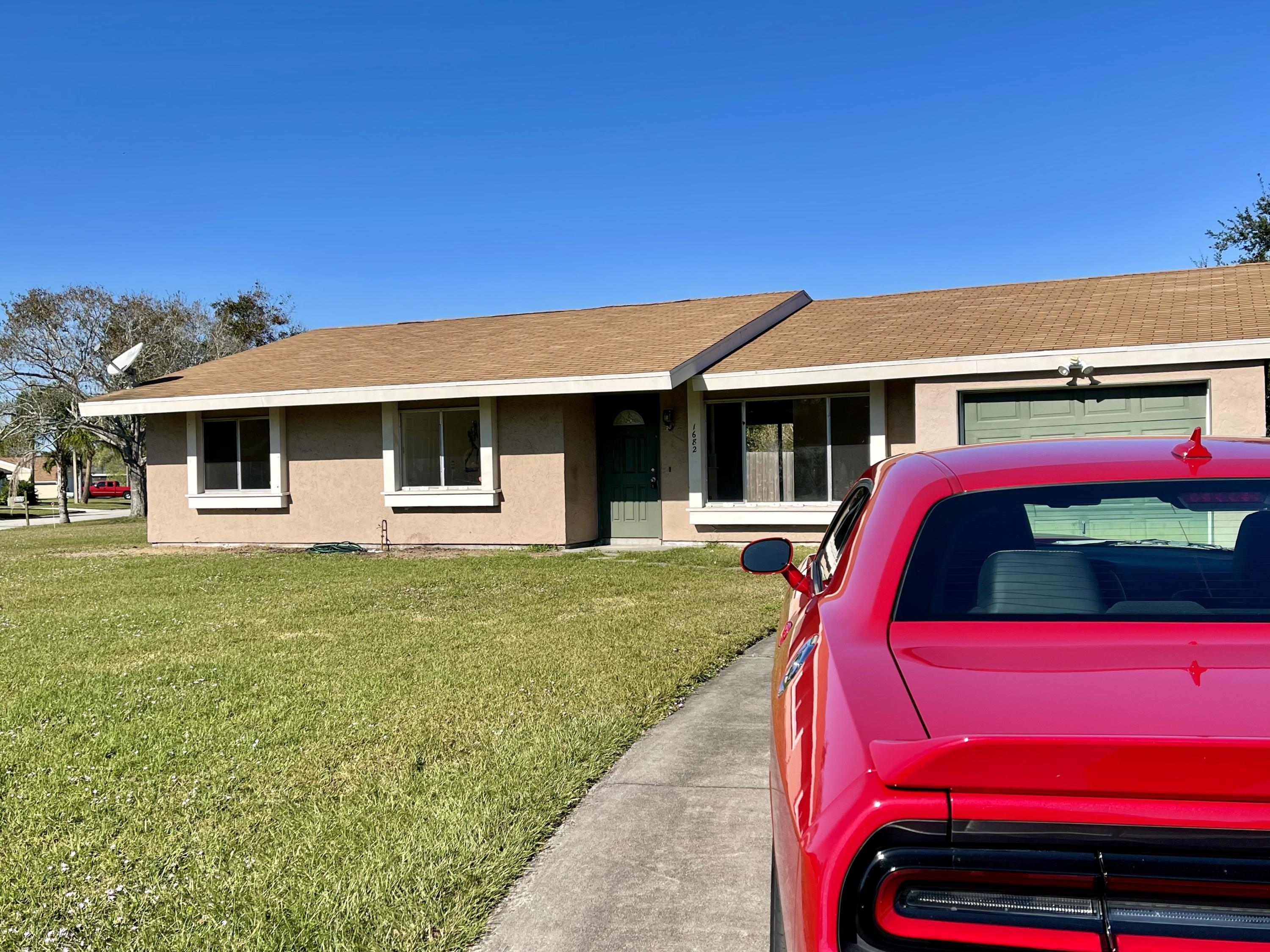 1682 Se Burning Lane, Port Saint Lucie, FL 34952