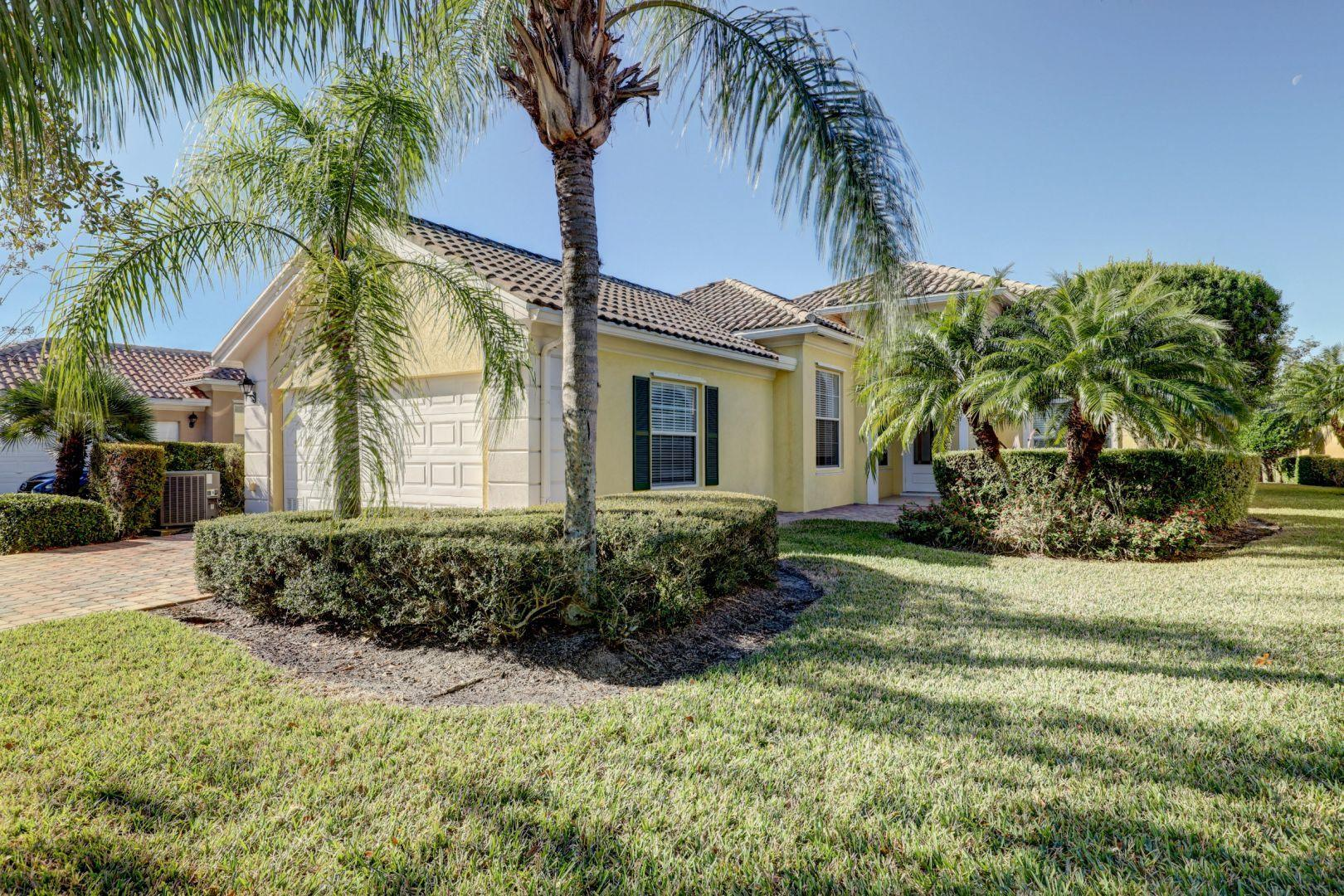 10649 Sw Stratton Drive, Port Saint Lucie, FL 34987
