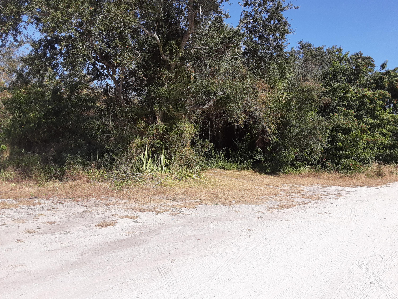 000 Balsa Road, Fort Pierce, FL 34946