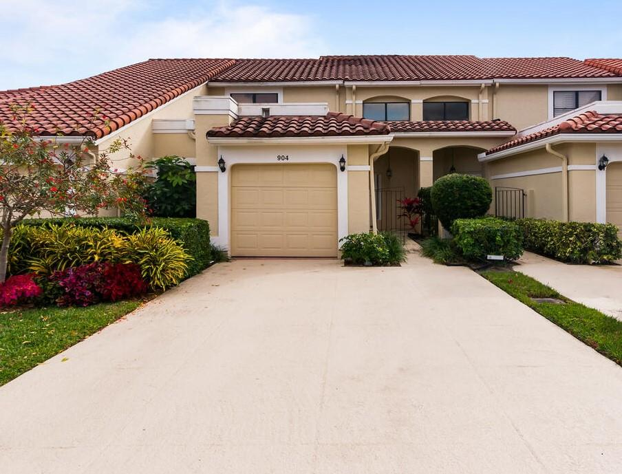 904 Windermere Way, Palm Beach Gardens, FL 33418