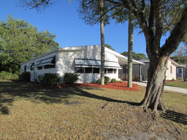 8171 Buckthorn Circle, Port Saint Lucie, FL 34952