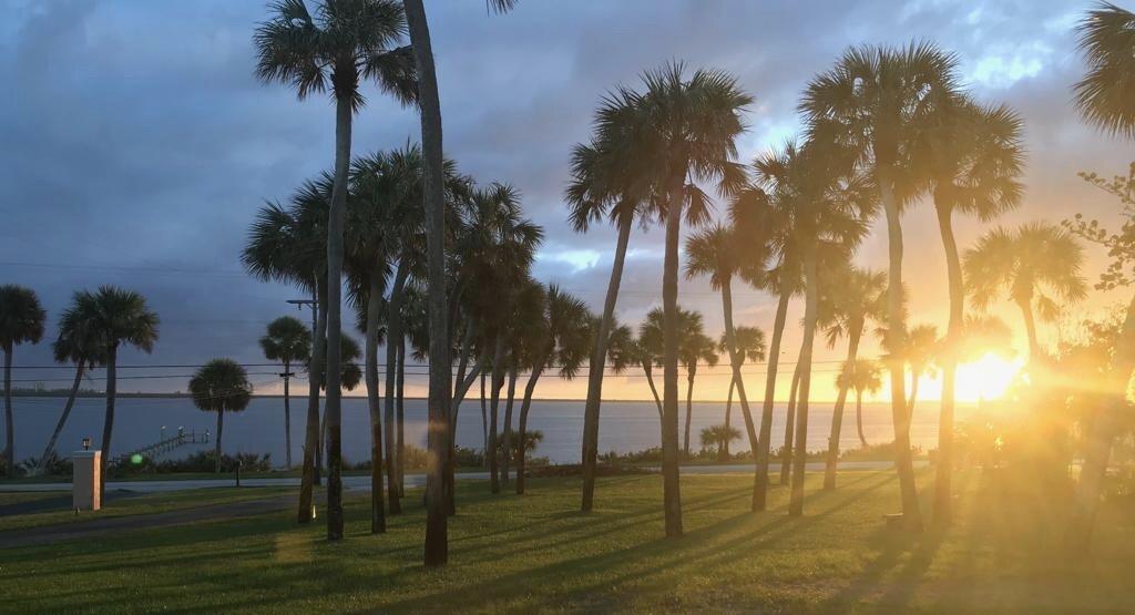 2621 S Indian River Drive, Fort Pierce, FL 34950