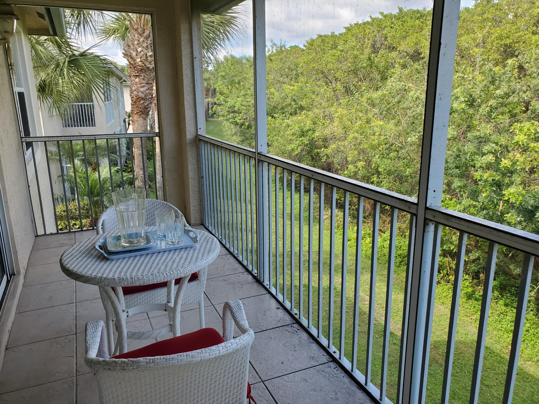 1555 Se Prestwick Lane, Port Saint Lucie, FL 34952