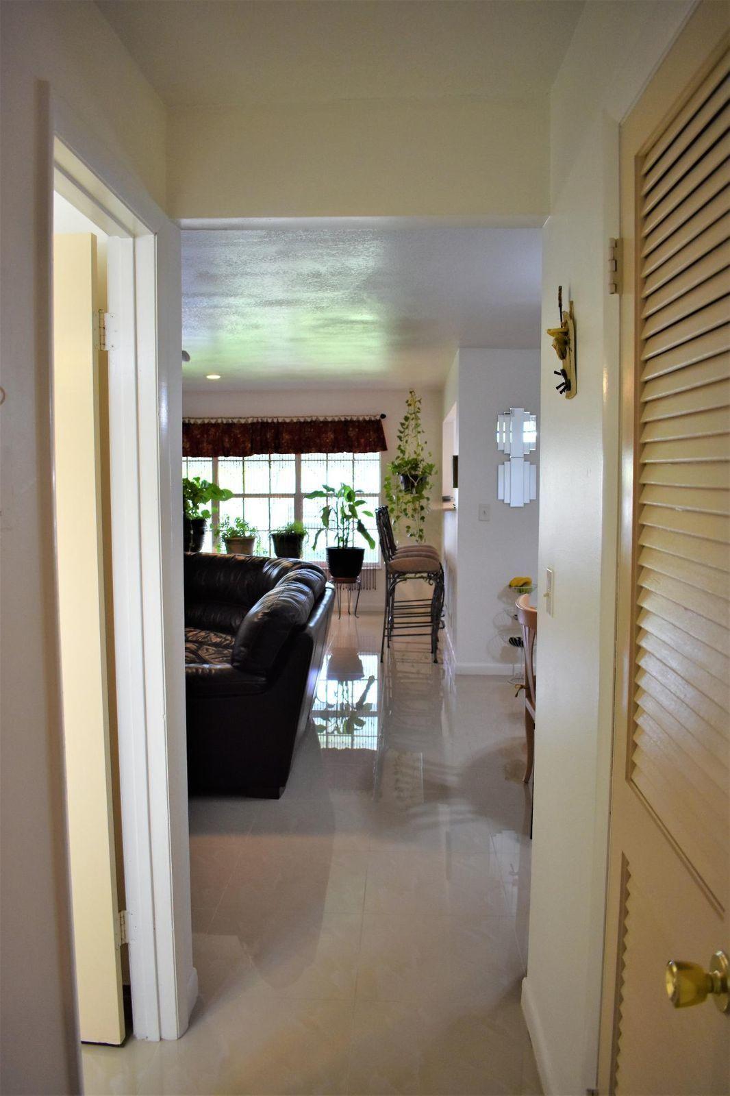203 Manatee Lane, Fort Pierce, FL 34950