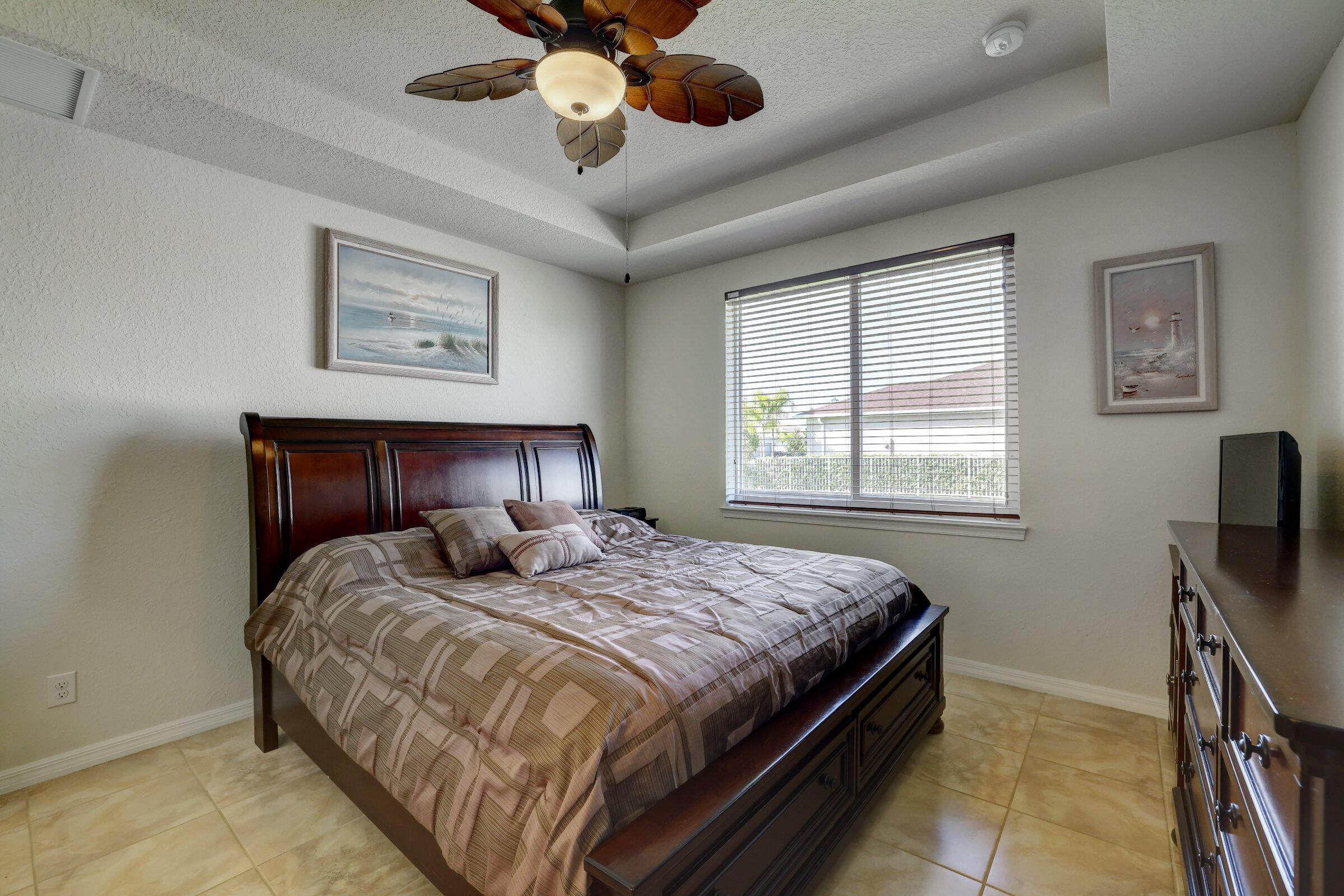 12854 Sw Gingerline Drive, Port Saint Lucie, FL 34987