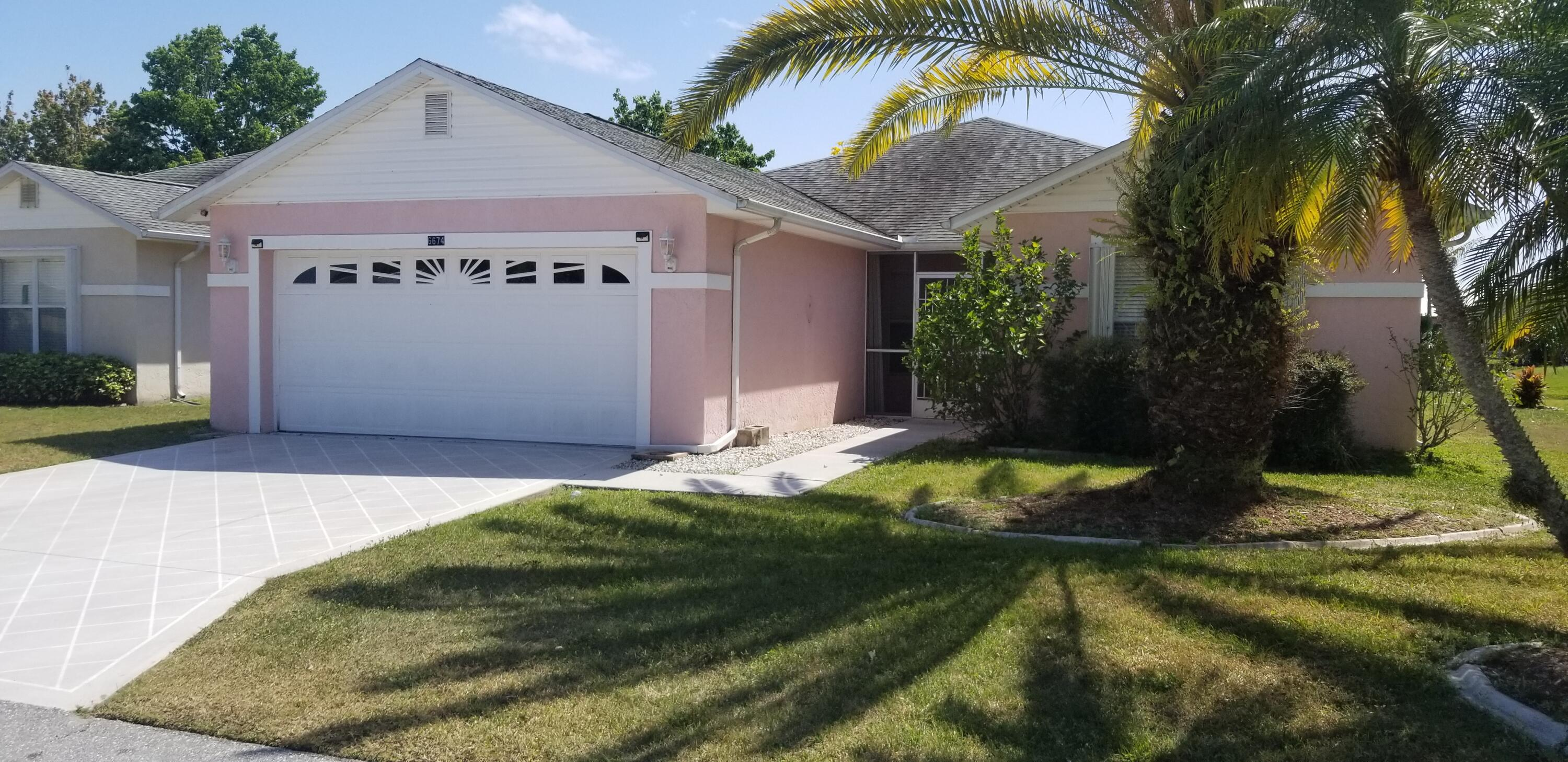 6674 Picante Circle, Fort Pierce, FL 34951