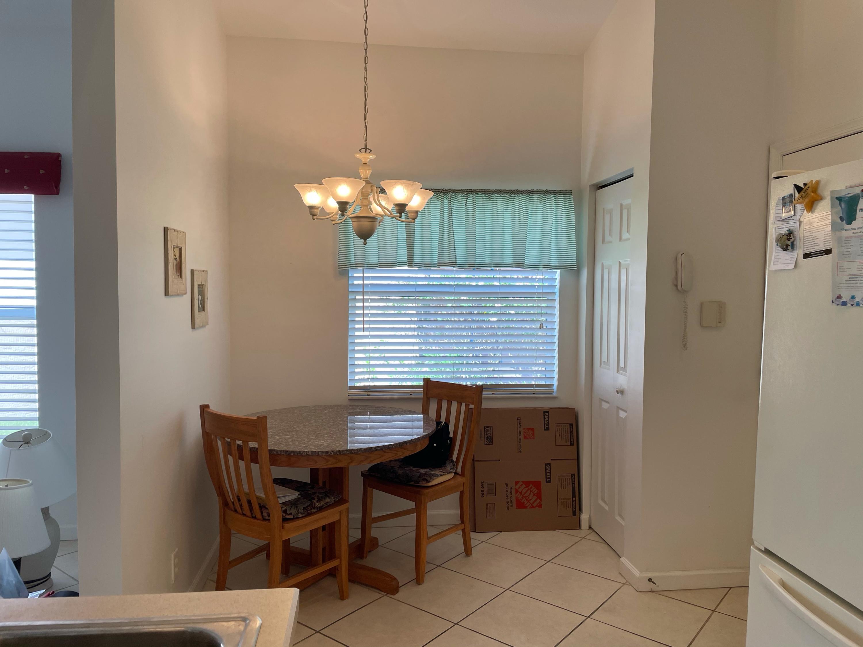 617 Nw Whitfield Way, Port Saint Lucie, FL 34986